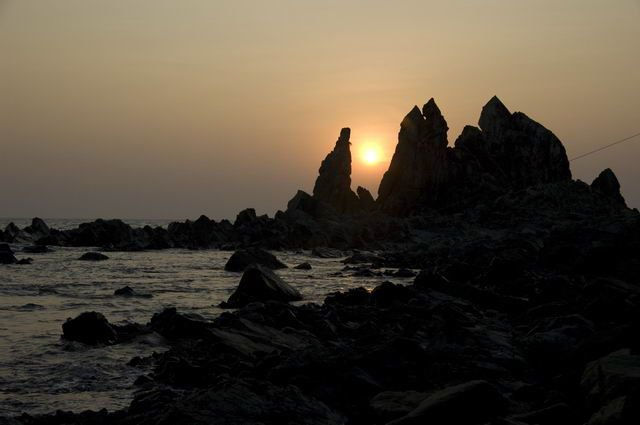 671-sunset-cliffs-aramboa-goa